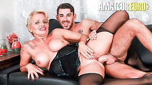 ScambistiMaturi, Italian Cougar Shadow Tries Rectal With Lover