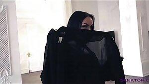 SANKTOR 042 - ARABIAN Damsel DANCING STRIPTEASE