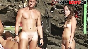 shaved pussy spread on the beach hidden camera