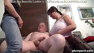 Threesome with chubby mature women and senior Irish man